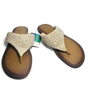 Skechers Luxe Foam Crocheted Thong Sandals NWT